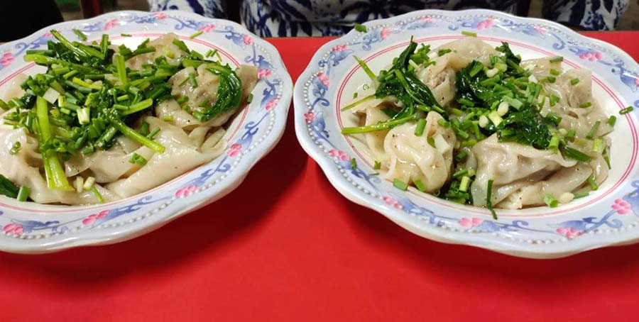 STEAMED WONTONS FROM TUNG NAM EATING HOUSE: Tucked away in a corner behind Poddar Court is this Chinese eatery. While almost everything is good here, the juicy steamed wontons are our favourite. The pocket-friendly prices are a bonus!