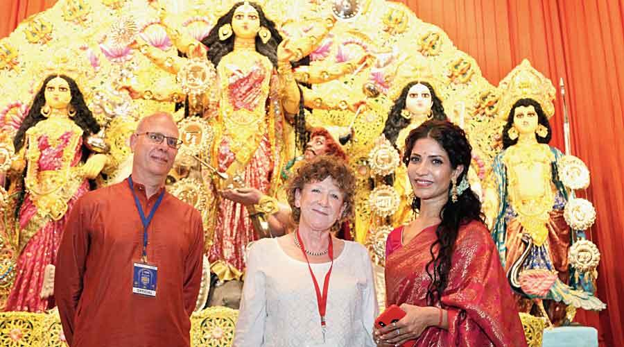 Five star puja: (From left) British Council regional director, South Asia, Adrian Chadwick; director, British Council, India, Barbara Wickham; and actress Richa Sharma at Kanai Dhar Lane Adhibasi Brinda puja.