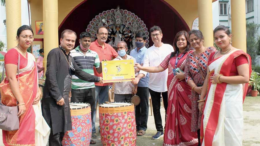 Dhakis receive the aid  from Ruby General  Hospital on Monday