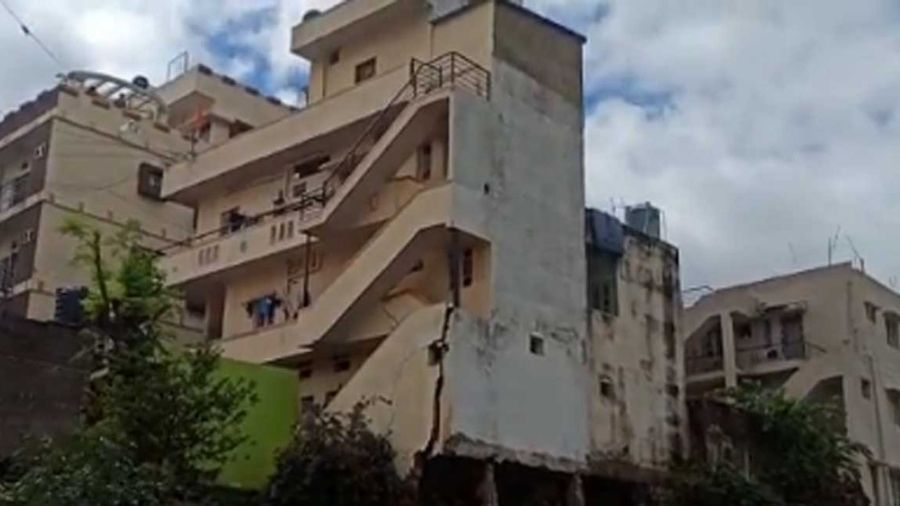 The tilted building in Kamala Nagar, bangalore, which was demolished on Wednesday.
