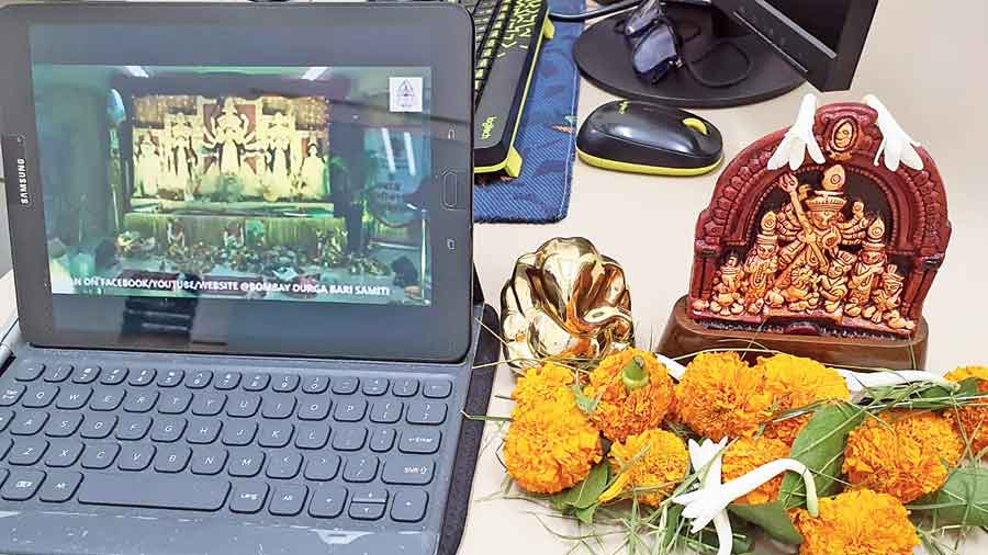 Preparations for virtual anjali from a home
