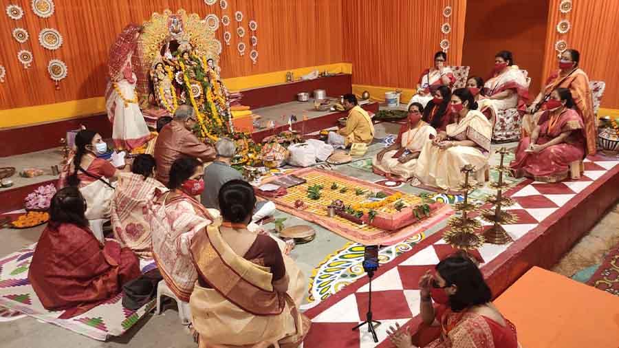 Sandhi Puja at the D Block puja pandal