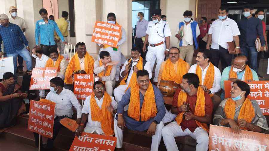 Jharkhand add-on Budget tabled in Assembly amid chaos