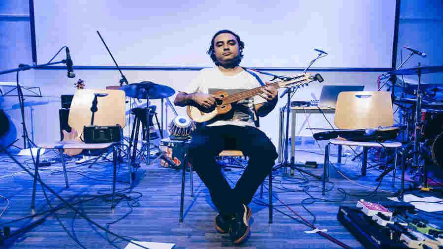 Tajdar Junaid grew up in Kolkata and now lives in Mumbai