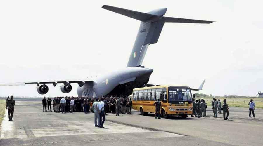 Afghan pilots move to US base in UAE