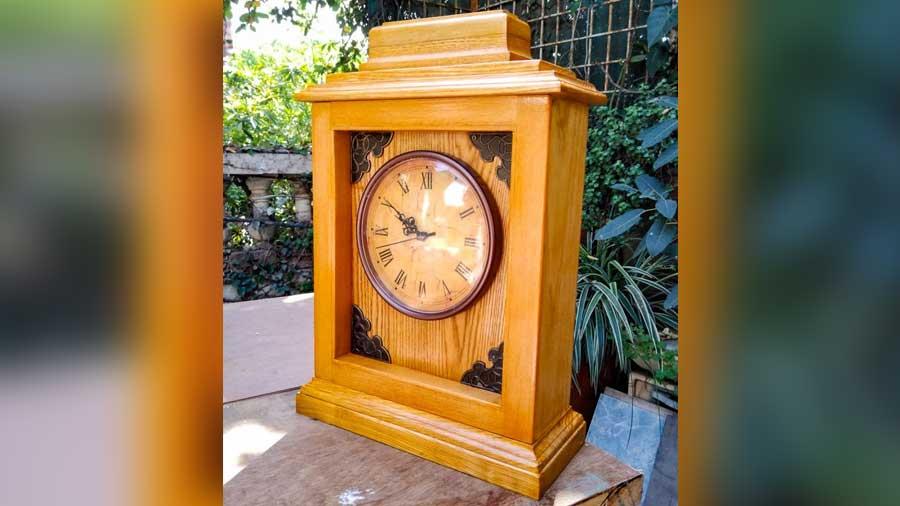 Mantel Clock by Banerjies