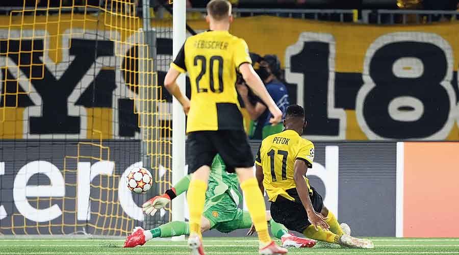 Jordan Siebatcheu of Young Boys (right) scores the  winner past David De Gea of Manchester United on Tuesday.