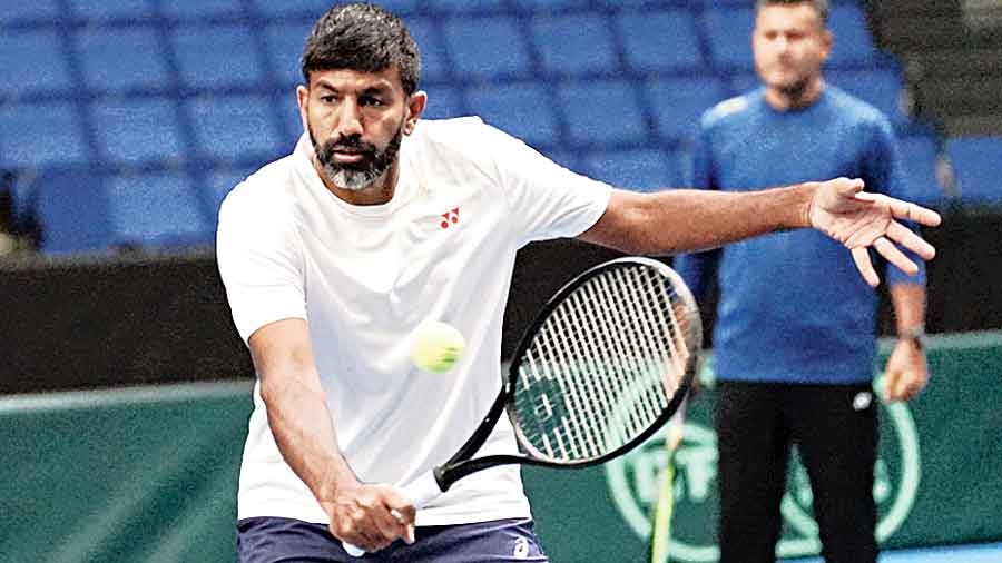 Rohan Bopanna during a practice session in Espoo.