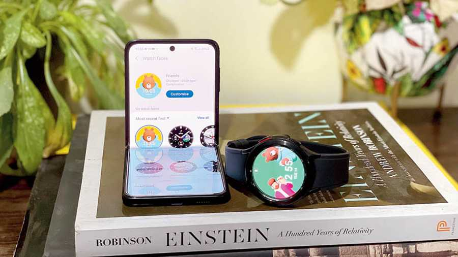 Samsung Galaxy Watch4 Classic runs on Wear OS Powered by Samsung, meaning you have the Google Play Store on your wrist and plenty of apps.