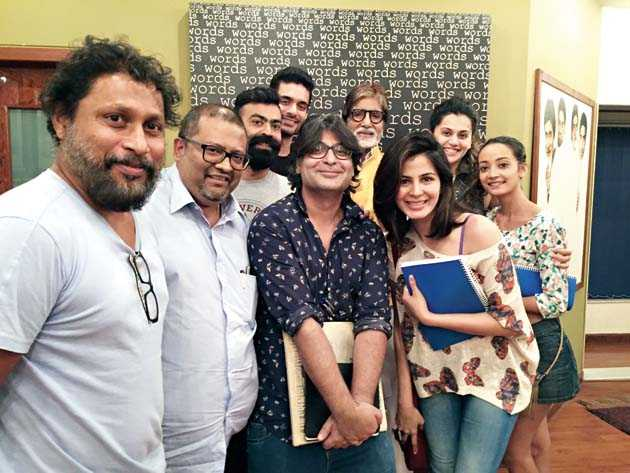 Director Aniruddha Roy Chowdhury (second from left) with Team Pink