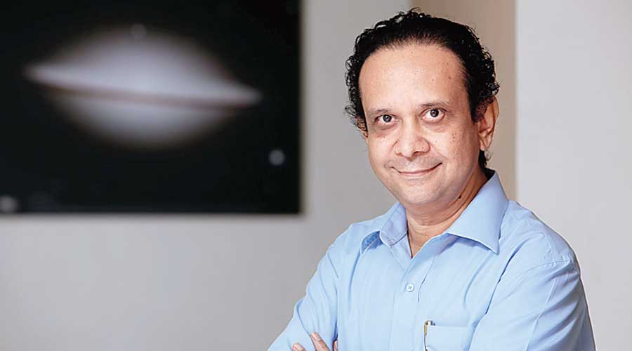 Indian astrophysicist and teacher passes away at 64