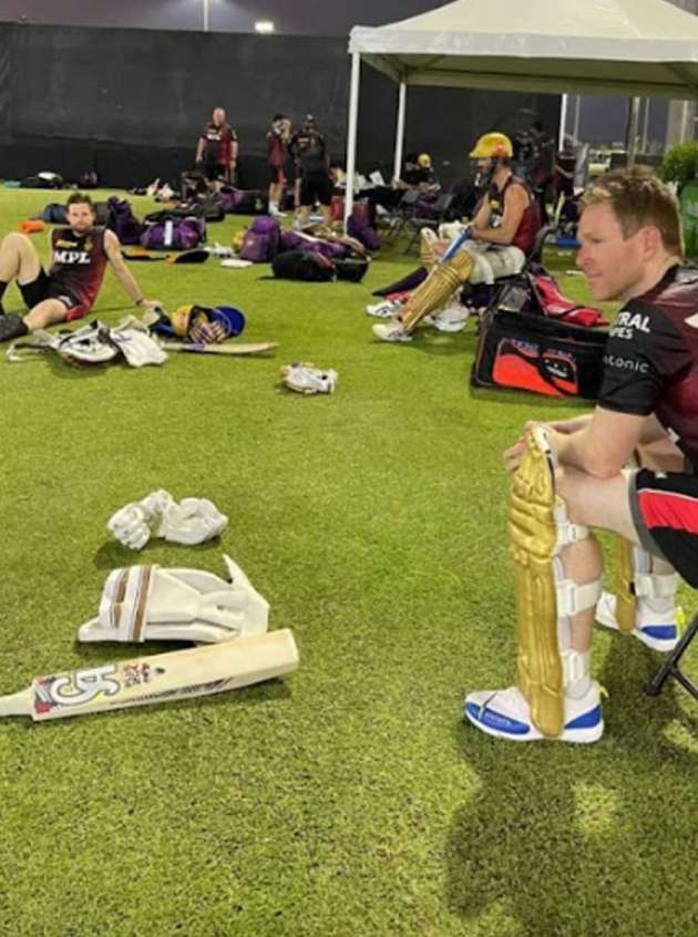 The trio of Ben Cutting, Lockie Fergusan and Eoin Morgan take a breather at the end of the training session.