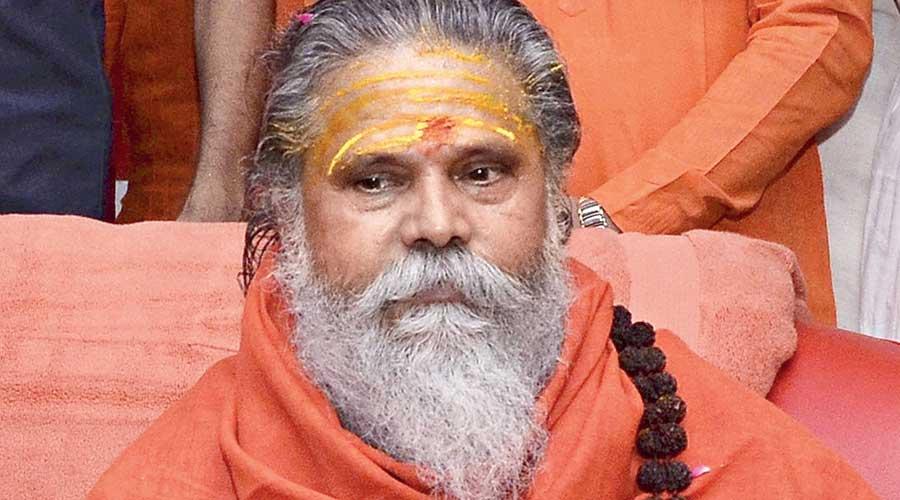 Top naga sadhu, Narendra Giri, found dead in Allahabad