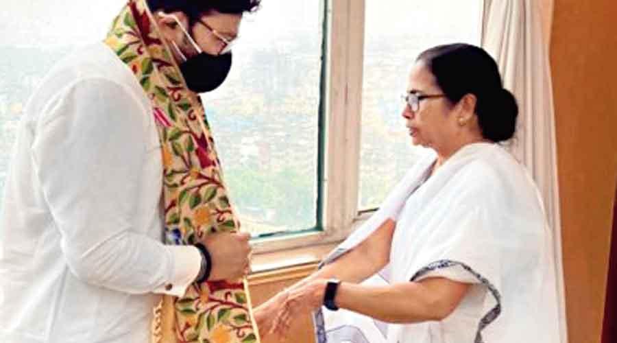 Babul Supriyo meets chief minister Mamata Banerjee at Nabanna on Monday.