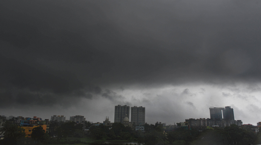 Torrential rain accompanies sound and fury before dawn