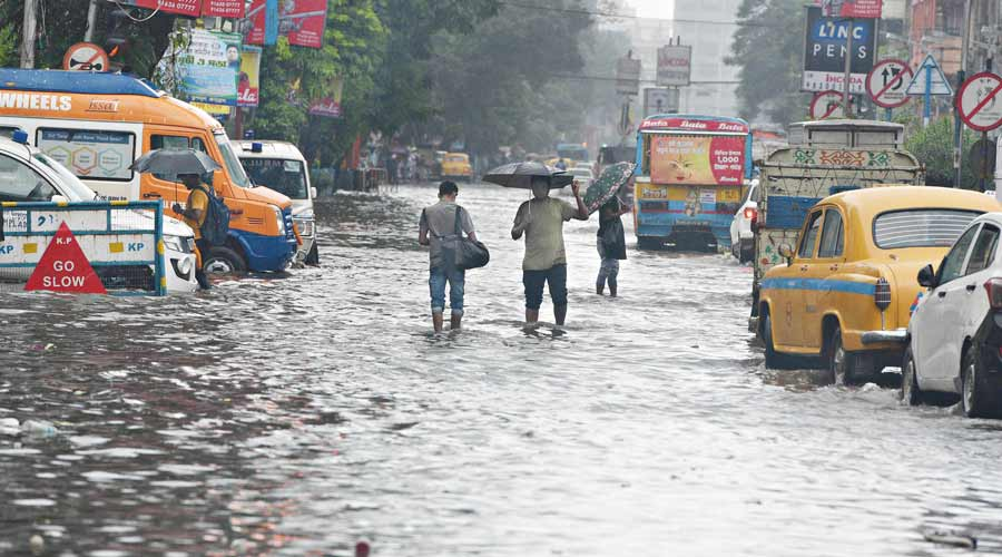 Agencies prepare for another wet spell in Kolkata