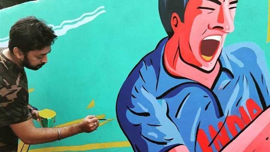 Sayan Mukherjee has been creating murals around Kolkata since 2017.