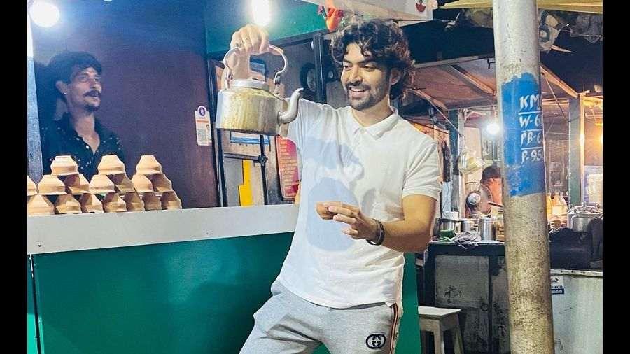 Gurmeet Choudhary at a Golpark tea stall.