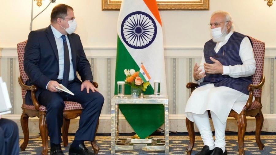 Narendra Modi during his interaction with Qualcomm CEO Cristiano E Amon in Washington on Thursday