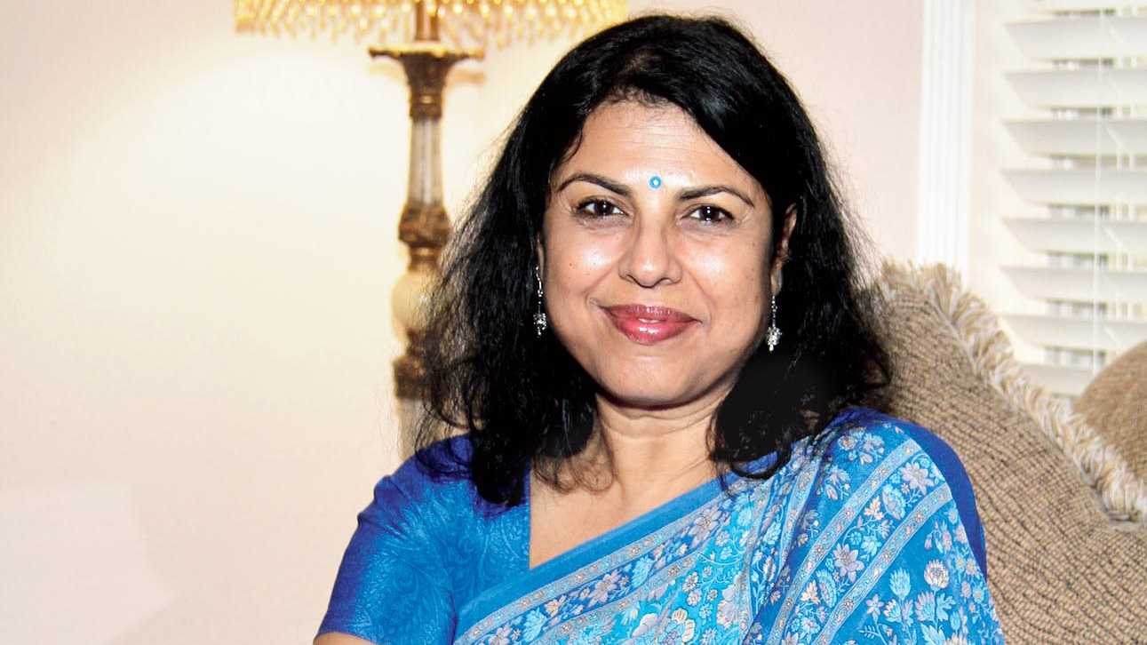Author Chitra Banerjee Divakaruni