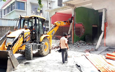 Crackdown on illegal Siliguri structures