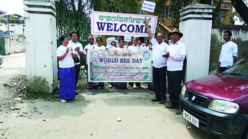 Colonies, boxes given away on bee day