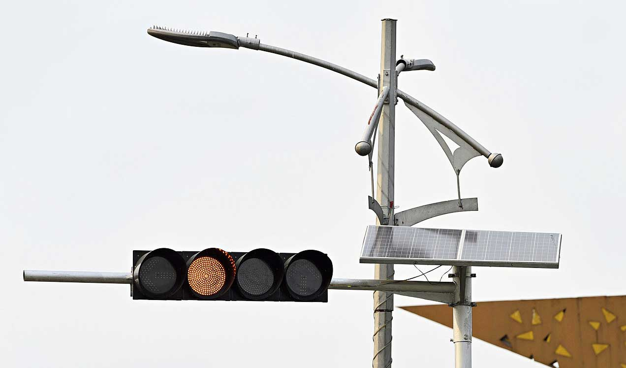 A solar-powered LED traffic light in New Town.