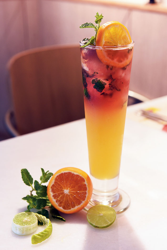 A mix of strawberry crush, apple juice and orange juice, Alexander De Great is a refreshing mocktail that pairs well with the heavier dishes.  Rs 309