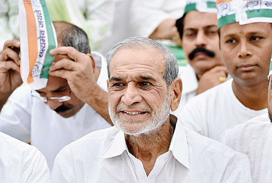 Sajjan Kumar is believed to have written to party chief Rahul Gandhi.
