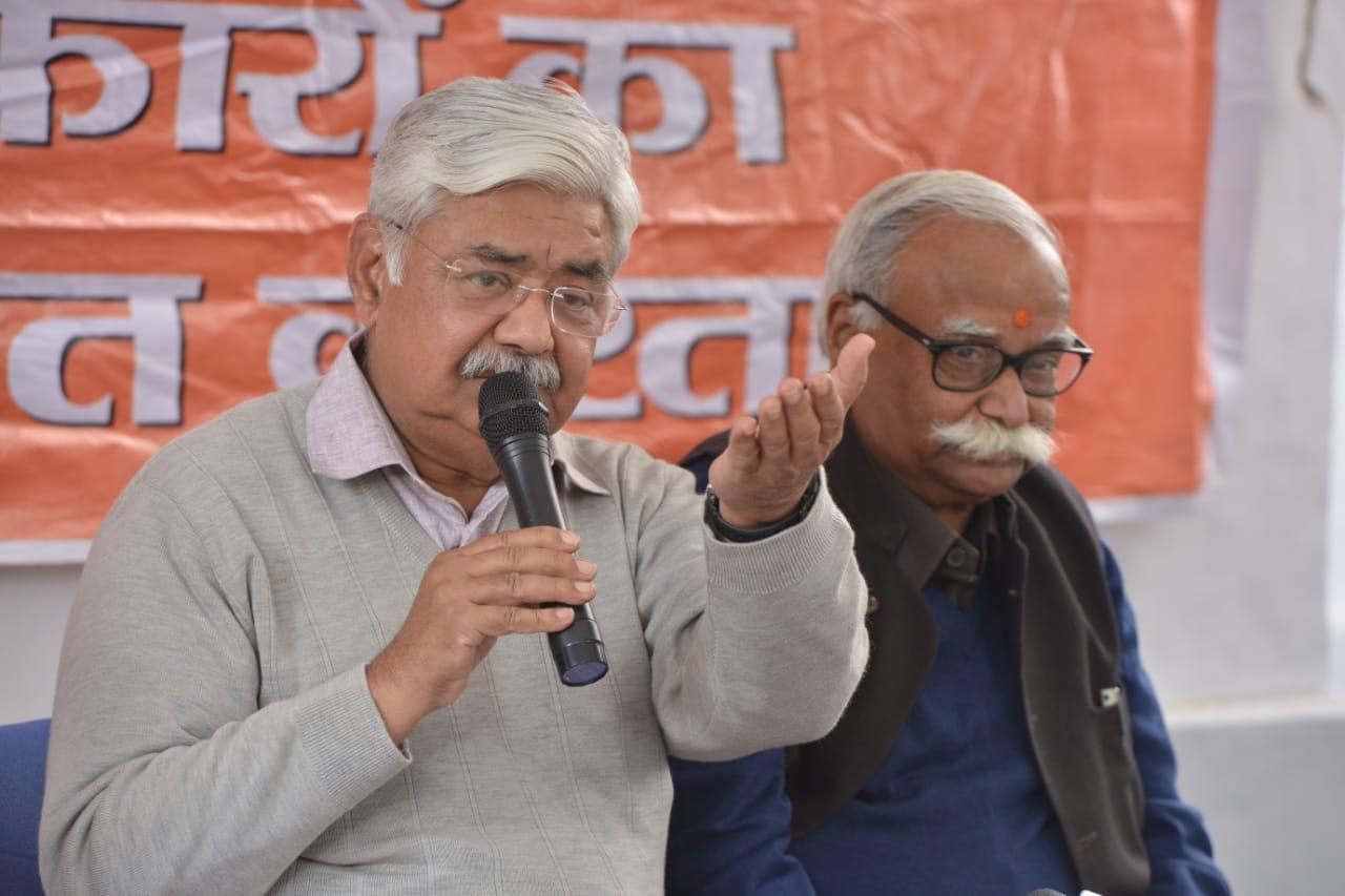 Working president of the VHP, Alok Kumar, addresses the media in New Delhi on Wednesday, 2 January, 2019.