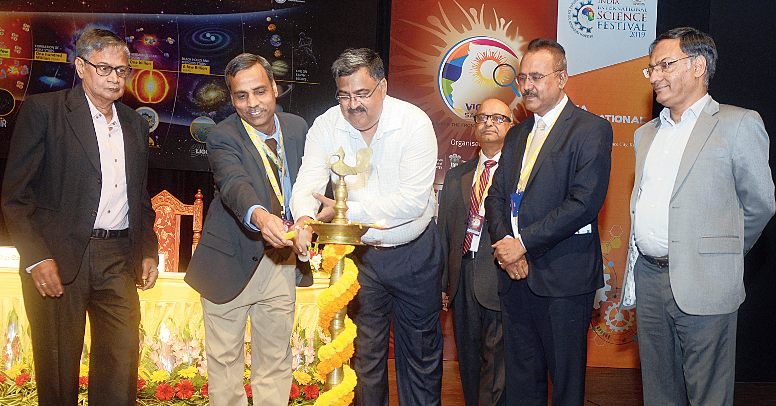 Union science and technology secretary Asutosh Sharma (extreme right) at the inauguration of Vigyan Samagam on Monday.