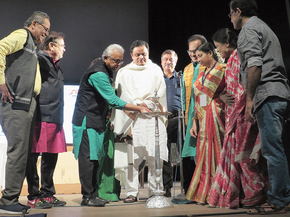 Forest minister and theatre personality Bratya Basu inaugurates the festival at EZCC on Tuesday along with Siddhartha 'Topshe' Chatterjee as surgeon Purnendu Roy looks on
