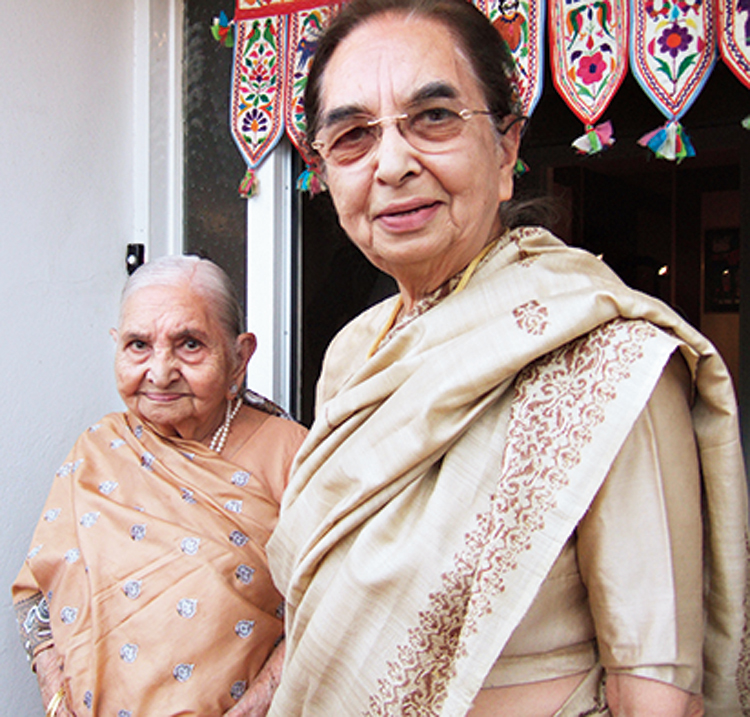 Kusoom Vadgama (right) and her mother Champaben