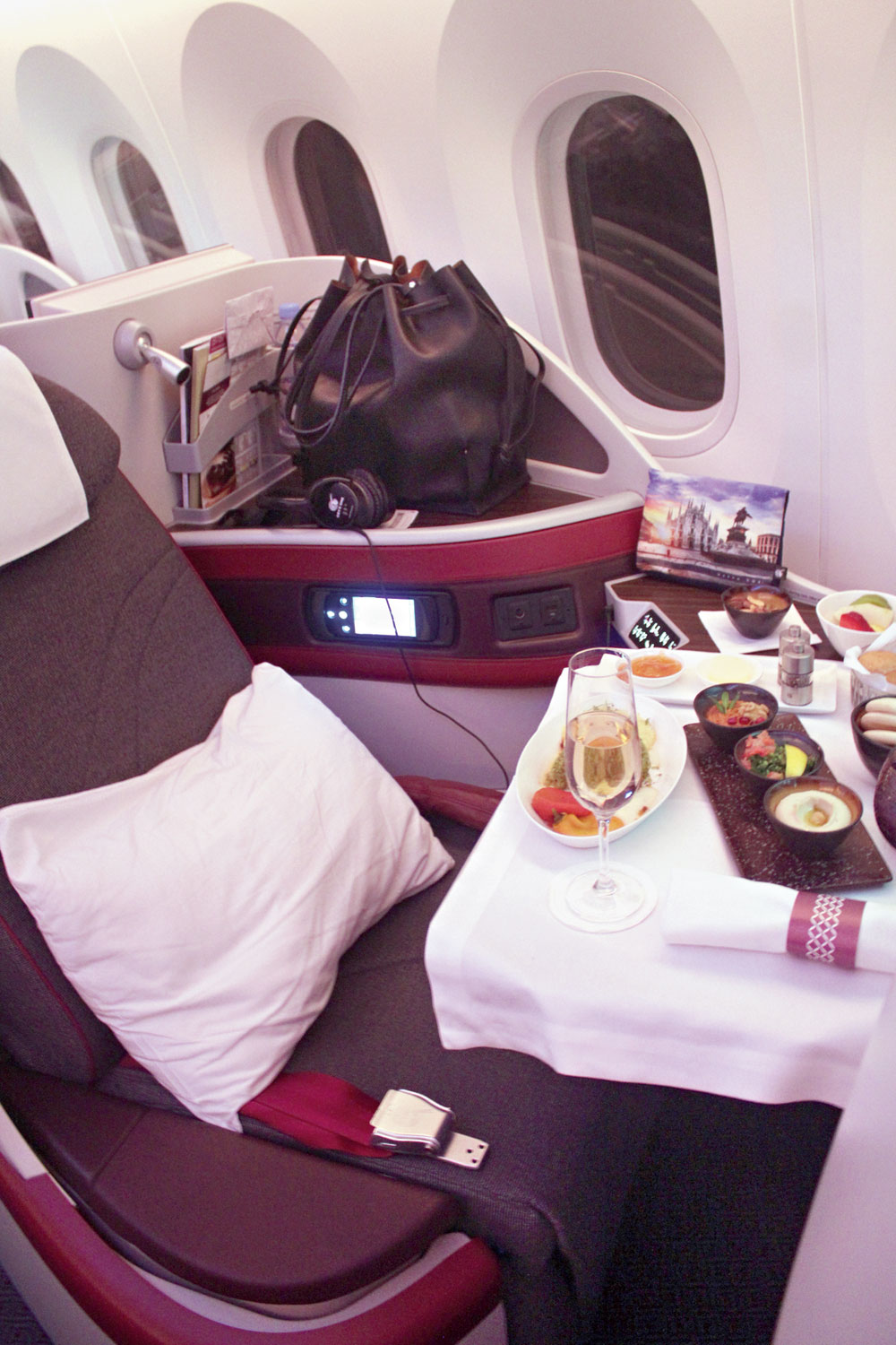 Flying business class on Qatar Airways made us wish that the flight was longer!