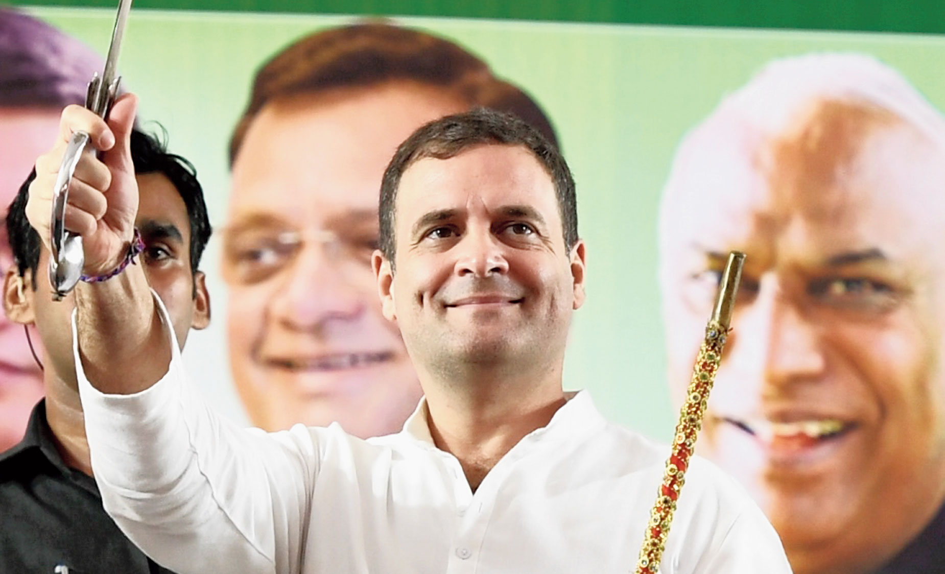 Congress leader Rahul Gandhi posted the video on Twitter, calling the BJP candidate the