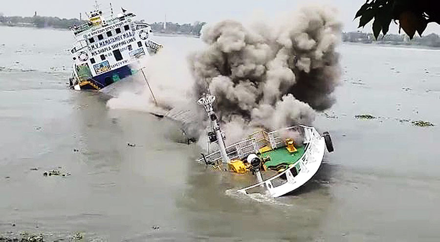 MV Mamatamoy Maa sinks in the Hooghly on Thursday