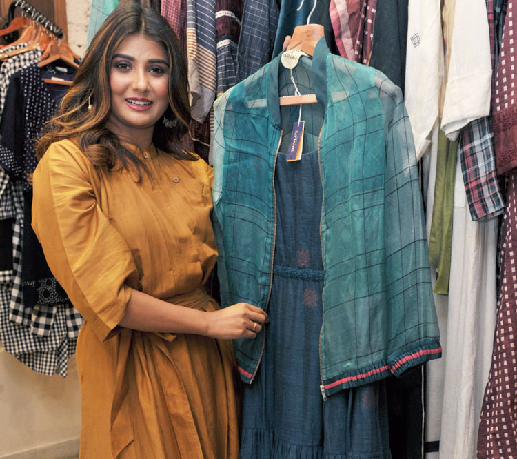 """She also chose a layered Tahweave ensemble — a tiered jamdani long dress and an organza-wool bomber jacket. """"I think the cause behind the pop-up is wonderful and this is the least we could do,"""" she added."""