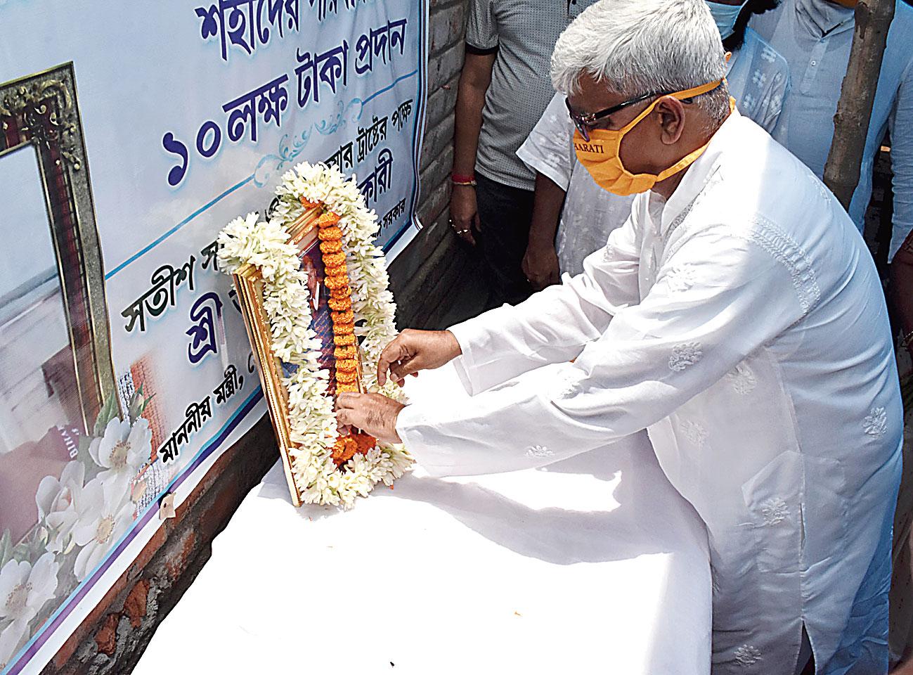 Chakrabarty pays homage to Rajesh Orang in Birbhum on Sunday.
