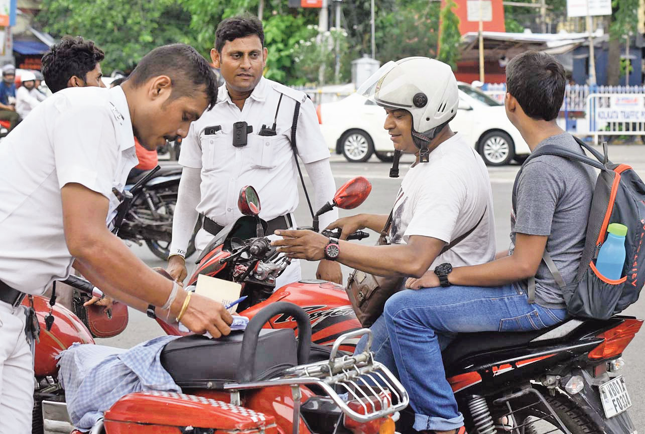 Crackdown on errant bikers in Calcutta