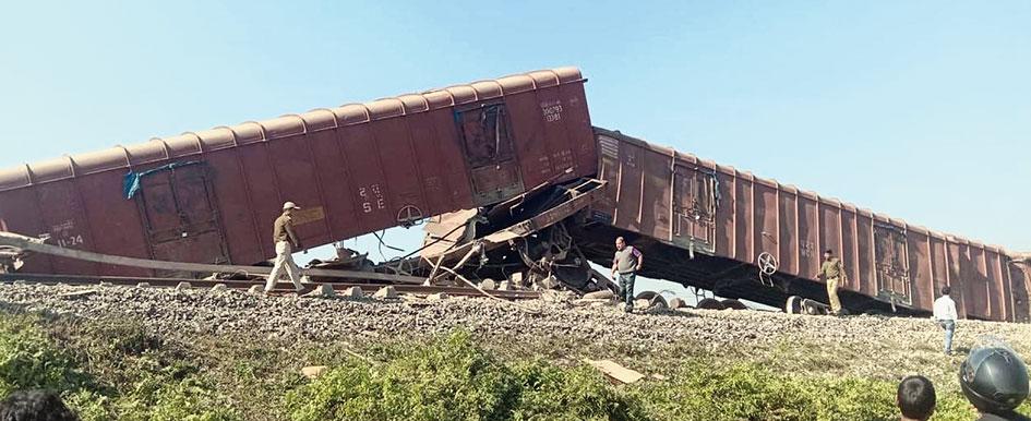 The derailed train at Naharkatia.