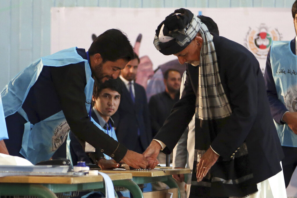Afghans vote for President amid Taliban threats