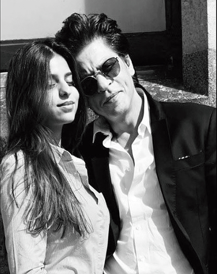 """Shah Rukh's Instagram post on June 28 with Suhana: """"Last day at school. To adding new experiences and colours to your life ahead...."""""""