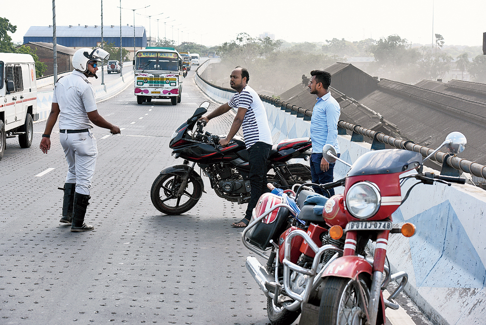 Minutes later, when another biker tried to escape the same way, the sergeant chased him on his bike and intercepted him on the flyover