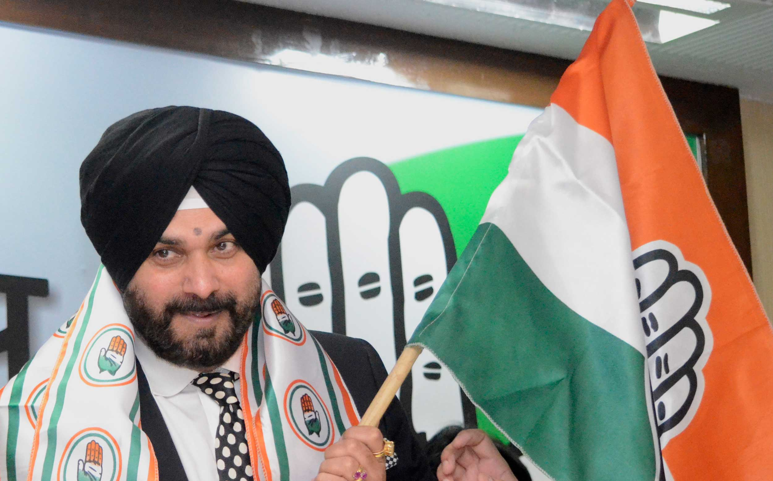 TV 'axe' on Sidhu after he gets flak for Pulwama comment