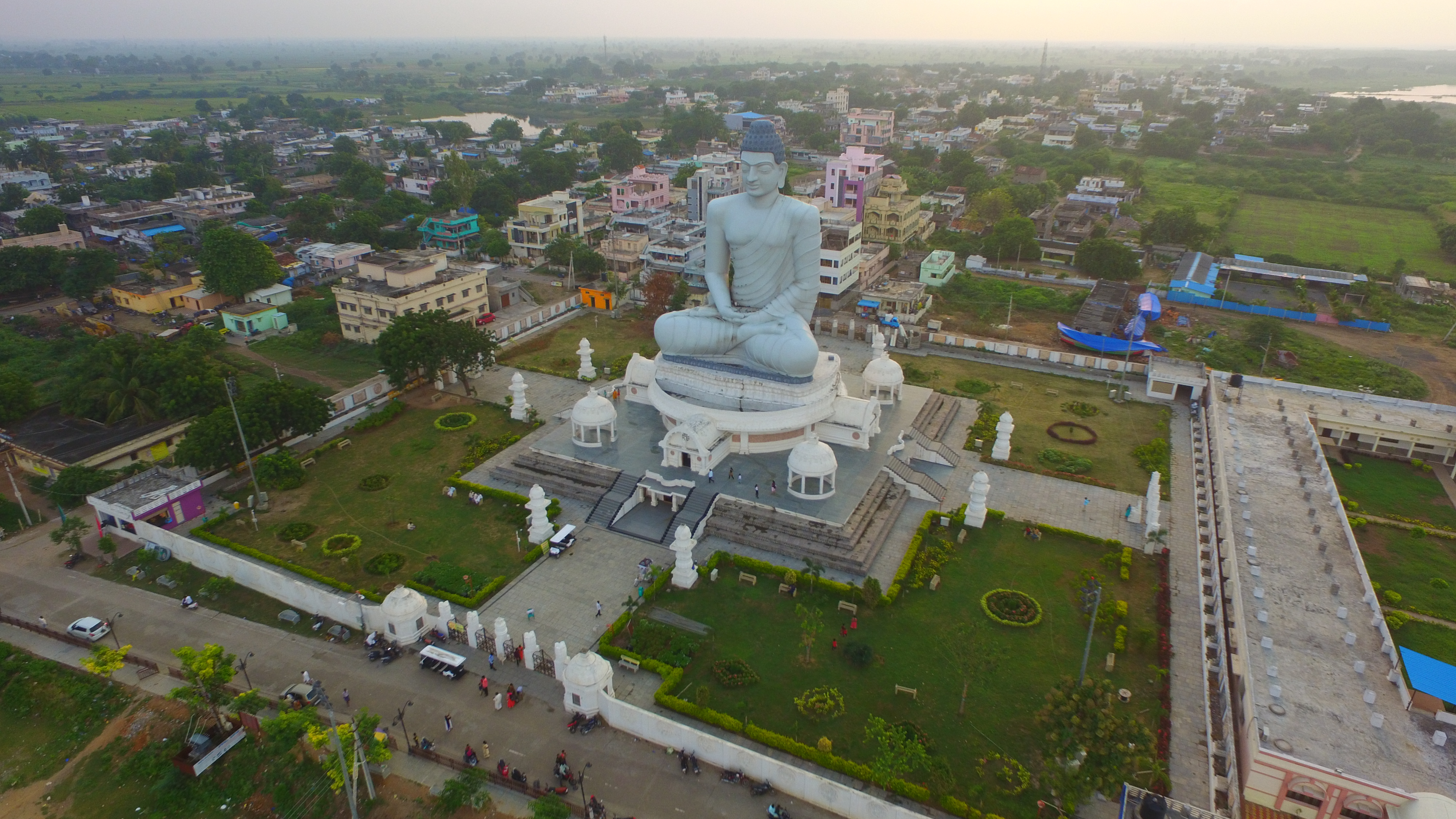 The original town of Amaravati was a pilgrim centre on the southern bank of the Krishna river, and the Satavahana capital in ancient times