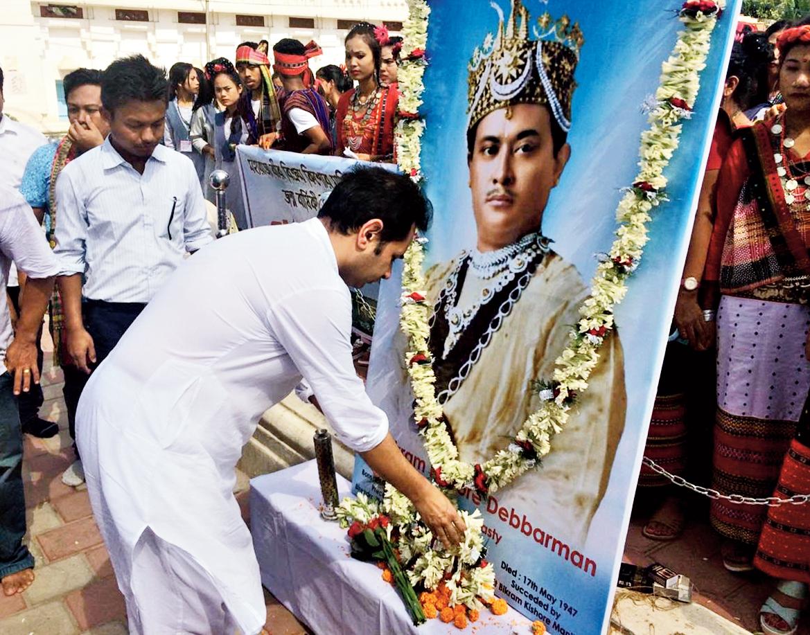 Pradyot Kishore Manikya Deb Burman pays floral tribute to Maharaja Bir Bikram in Agartala on Monday.