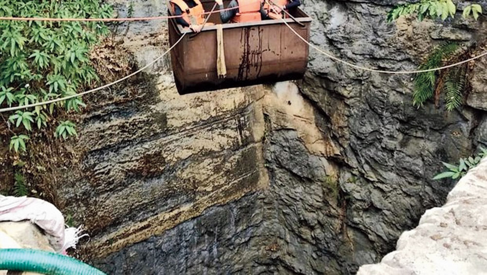 Meghalaya government favours coal mining regulations