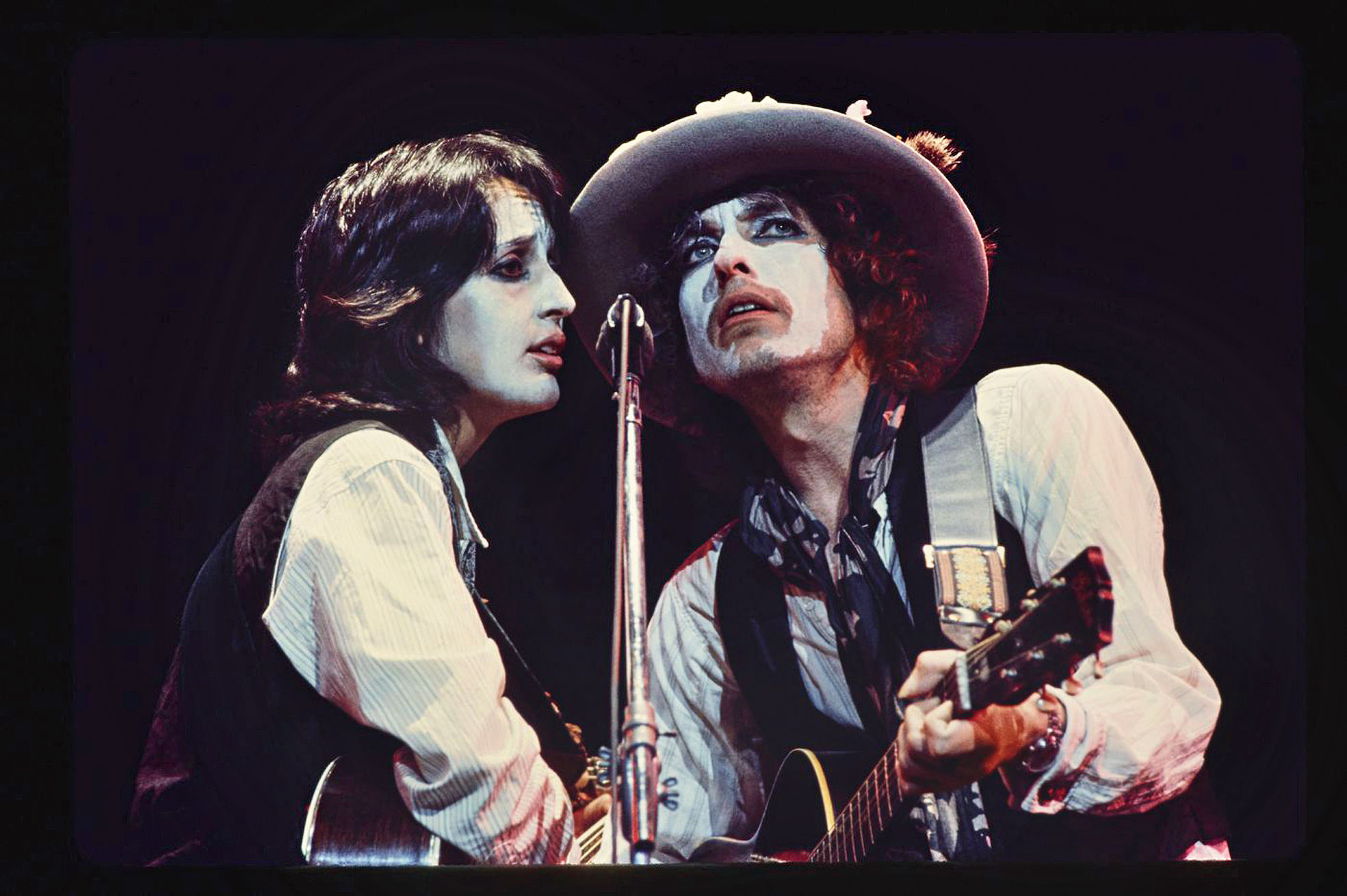 Joan Baez and Bob Dylan during a Rolling Thunder Revue show