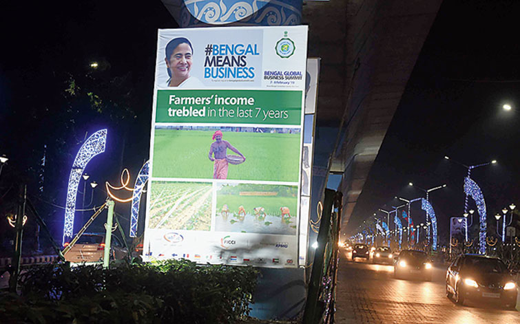 Calcutta streets decked out for summit on Wednesday.