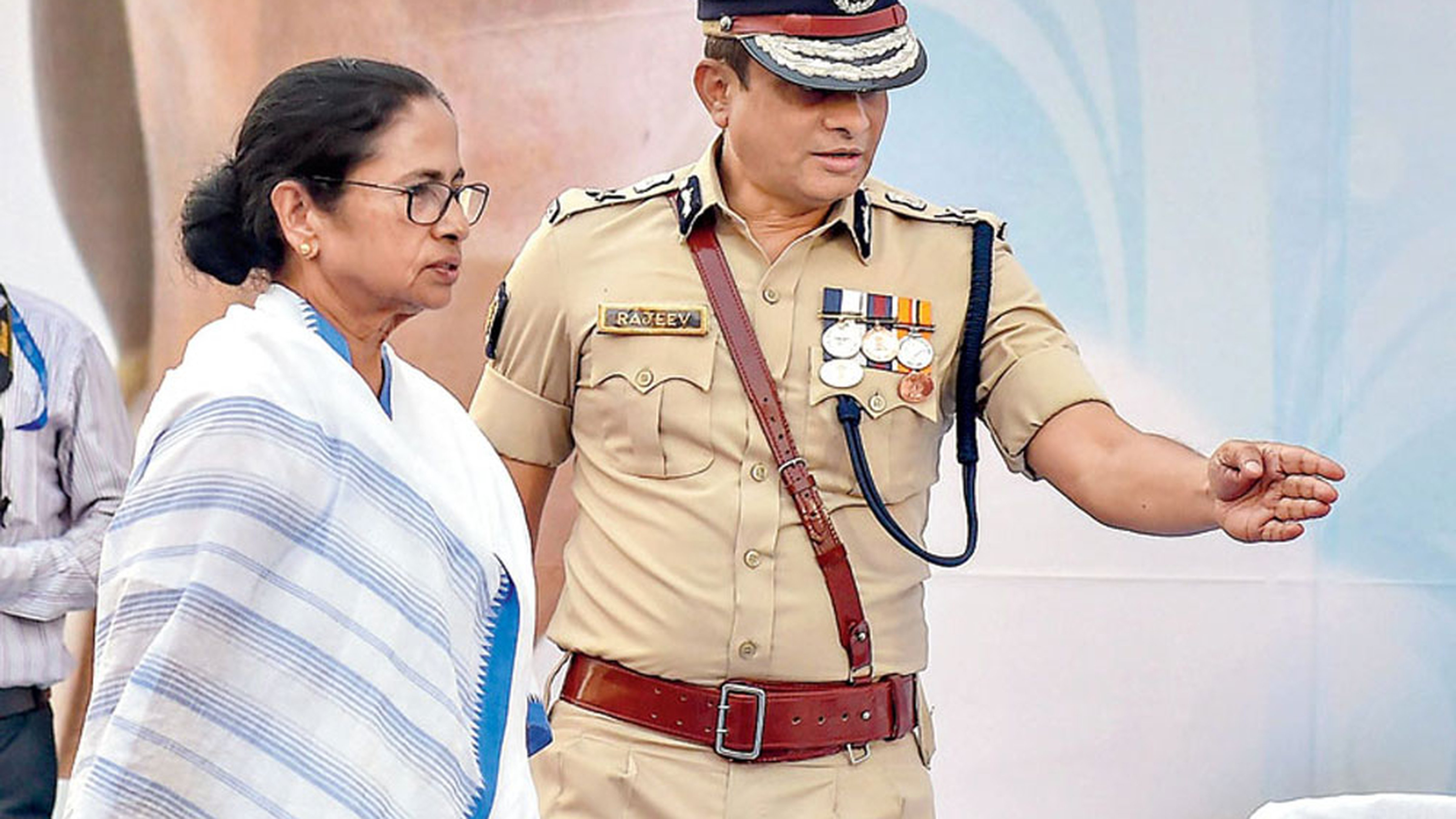West Bengal Chief Minister Mamata Banerjee with then Calcutta police commissioner Rajeev Kumar on February 4, 2019